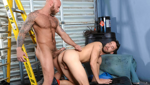 sleazy pig fuckers Drake & Isaac explore gritty fetish sex