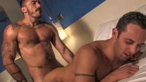 Alessio wants it bad & pushes his hungry hole toward Fabio
