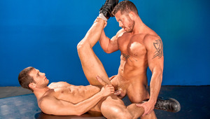Muscle dude Charlie gives Spencer's butt a steady rocking ride