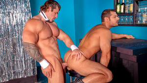 Marcus coaxes massive stripper Zeb off-stage for a 1-on-1 dance