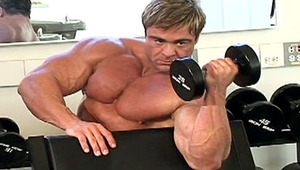 Colt dude Skye Woods working out to sculpt his attractive body!