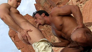 Outdoor blowjob session for these amazing curious studs!