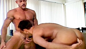 Gay lover Putting His Toy In His booty & While swallowing This lover