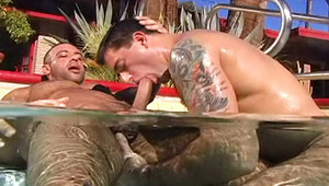 Gays loves blowing & fucking in the water on this sunny day