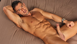 Mega hunk Cody Cummings give you a private jerk off session