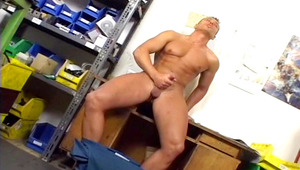 Hot mechanic play with his own meat when he is alone at work