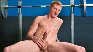 Avid gym nut Max takes hold of his gigantic member & beats off
