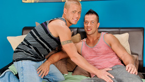 Join cock and his sexy buddy Brody for a photo shoot session.