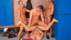 It's a locker room orgy when 4 athletes meet after the game