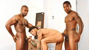 Draven services two burly ebony movers that he couldn't pay