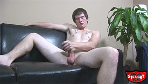 Clayton is the newest pretty bf to hit the BSB futon. Watch as he enjoys himself jerking off for your benefit!