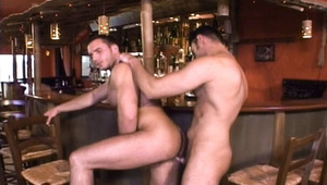 Hot barman fucking a pretty client of the bar on his shift