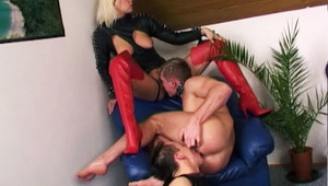 The blond master whore need to be entertained. Bisex actions