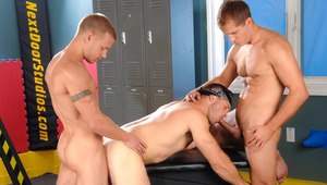 Brody & Brandon switch between slamming cock-loving Paul