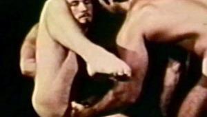 2 muscular horny guys in a gym had sex! Fantasy dreams!