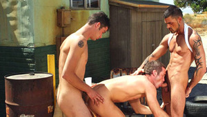 Horny Muscular studs Having A Hardcore Threesome Outdoors