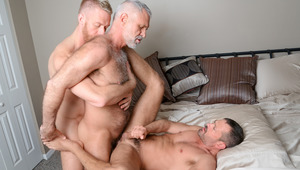 3 guys from different decades hook up in a yummy 3 way