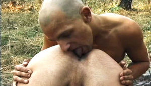 2 dudes Start To Fuck Each Other & Have Fun Outdoors