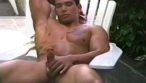 Gay stud can't stop looking at his trainer's dong & cums hard