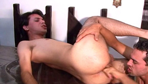 sexy latinos studs fucking hard on the kitchen table !