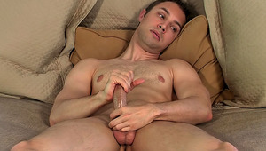 attractive Gay dude Devon Hunter Shows How He Jerks Off On Camera