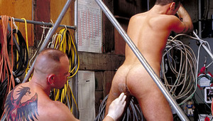 Hot stud switchs between dick and hands with perfect ease!